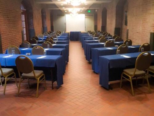 Premier Meeting Package