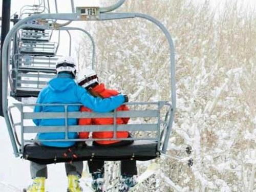 Couples Romance Ski & Dine Package