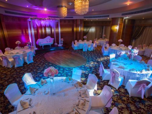 Svatební a konferenční sály
