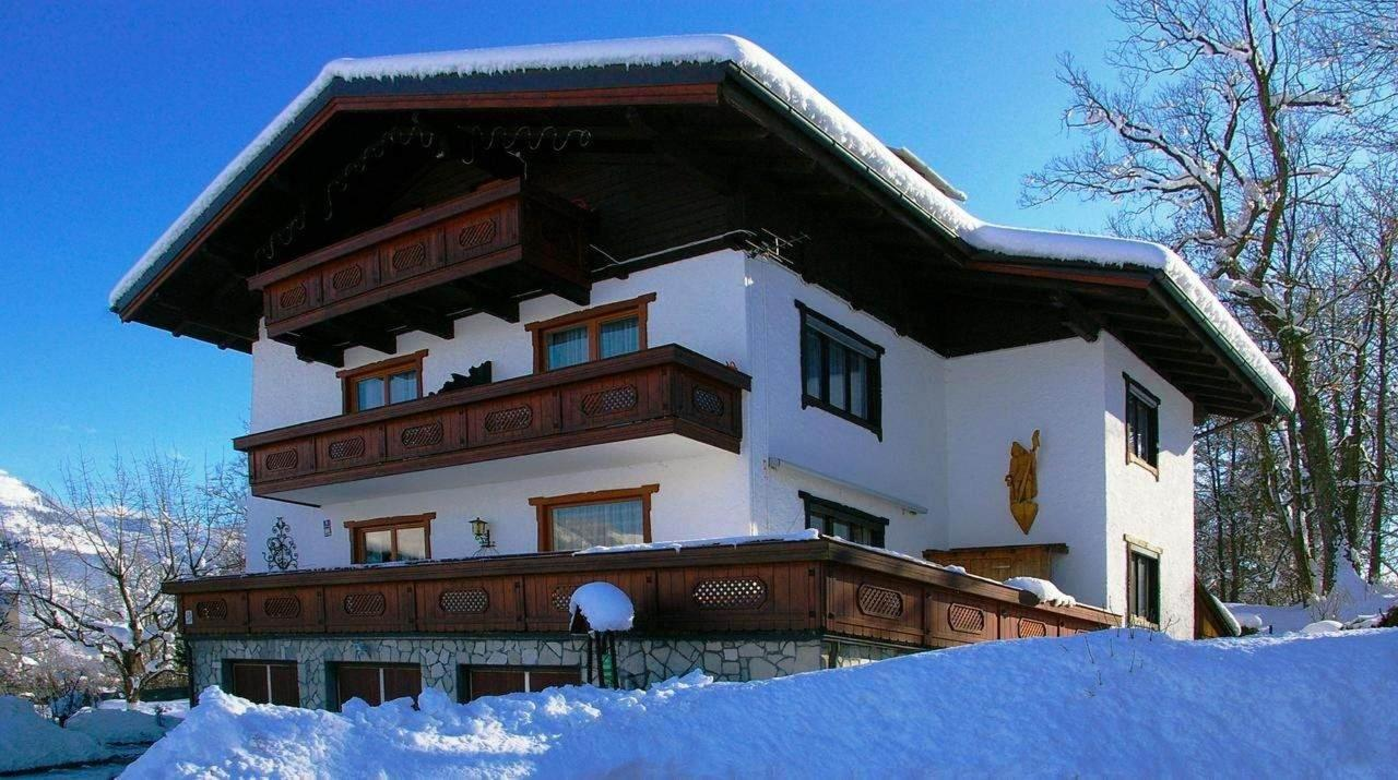Haus Strutzenberger Winter