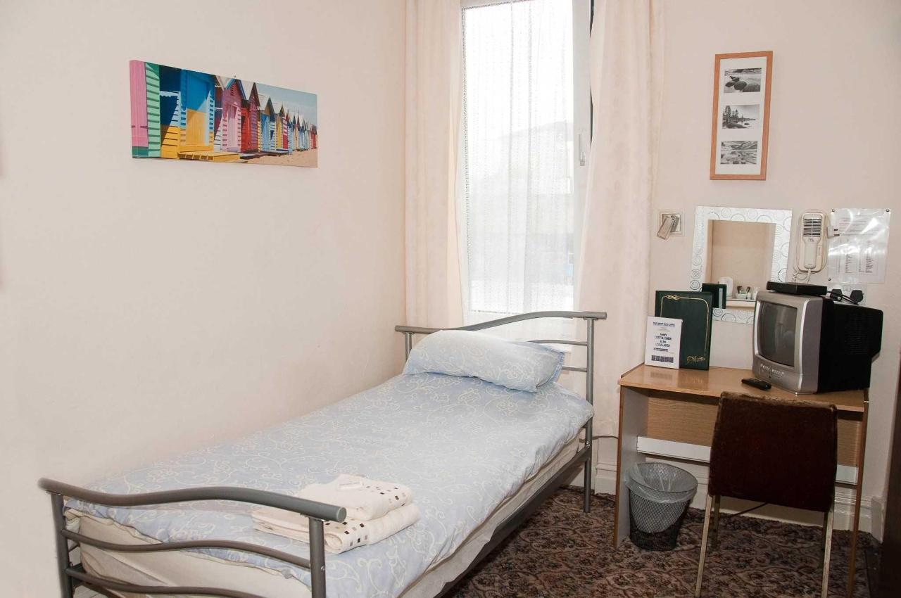 single-room1.jpg
