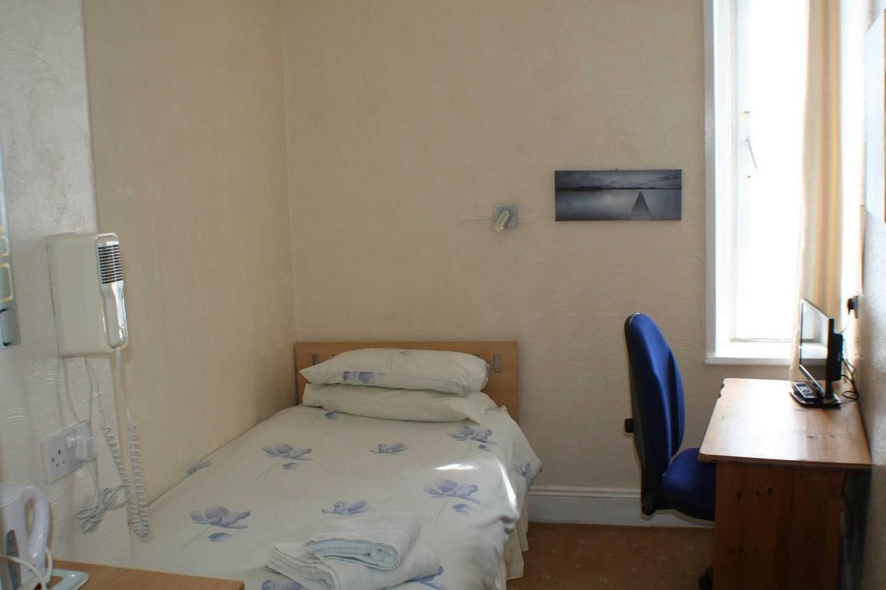 single-room2.jpg