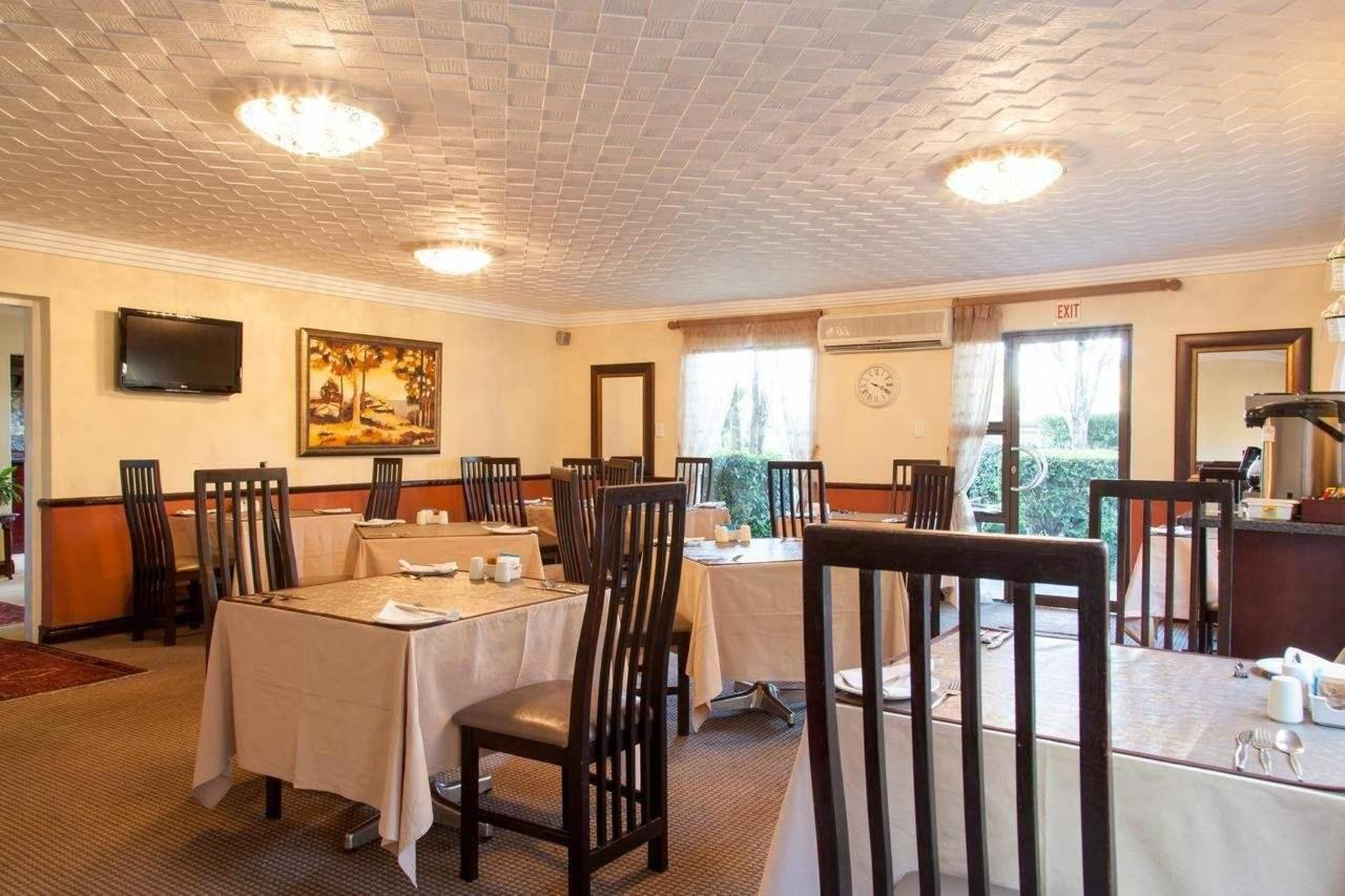 Dinning Room at Constantia Manor Guesthouse