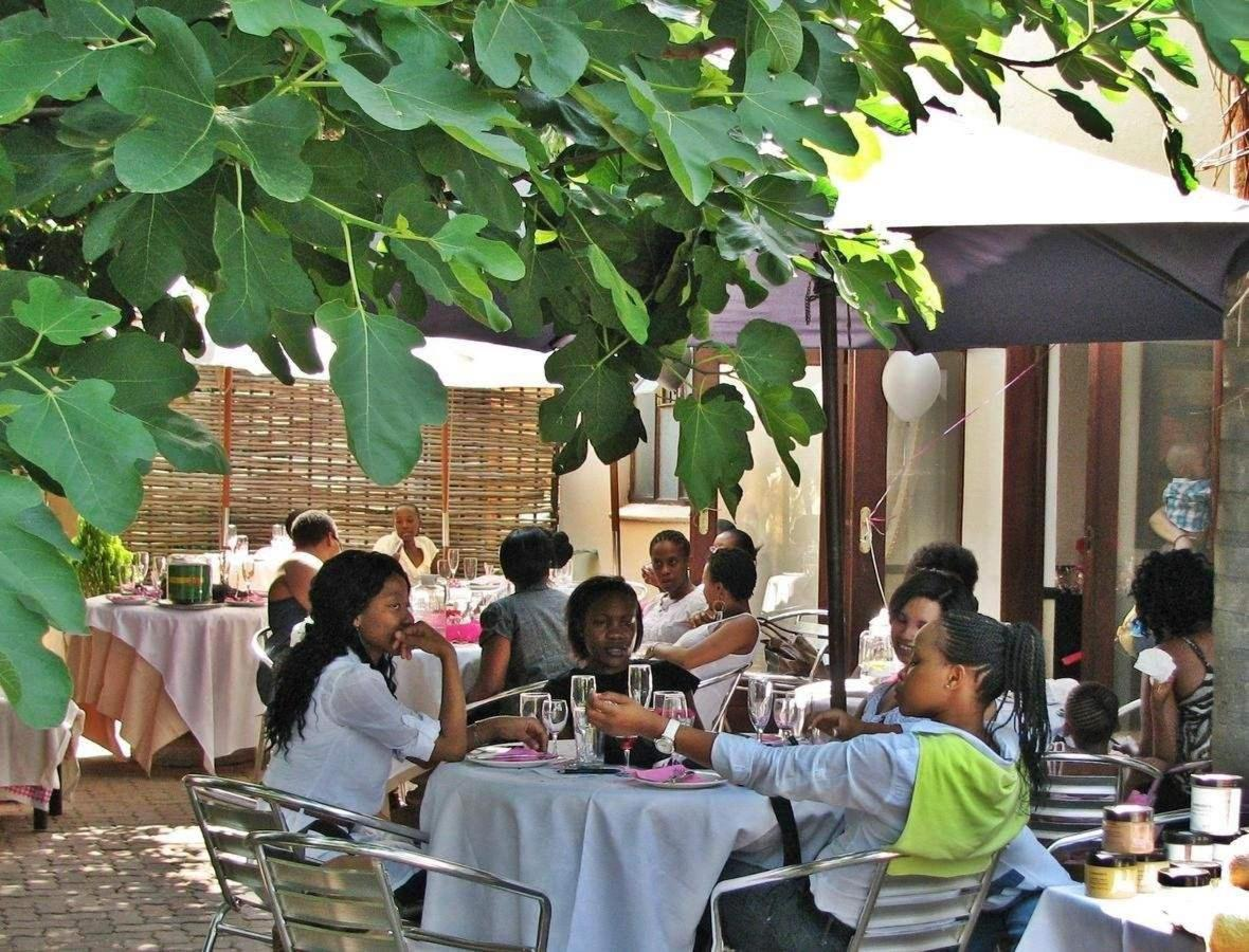 Guests at Constantia Manor Guesthouse