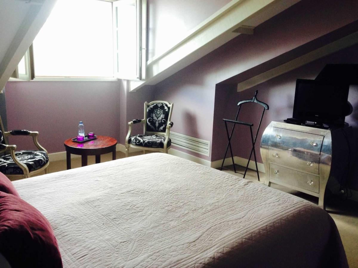 Room n°8.jpg