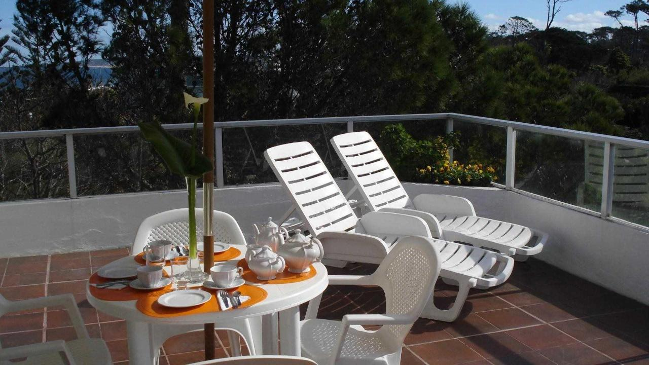 Terraza con barbacoa Junior Suite