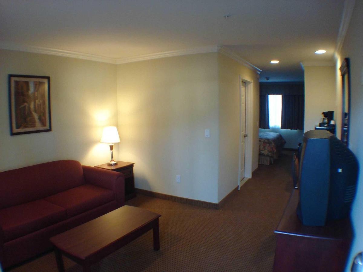 king_suite1-1.jpg