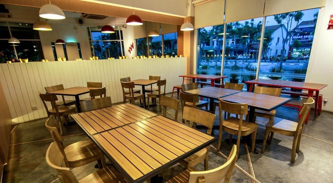 sunrise cafe breakfast - sunflower hotel.jpg