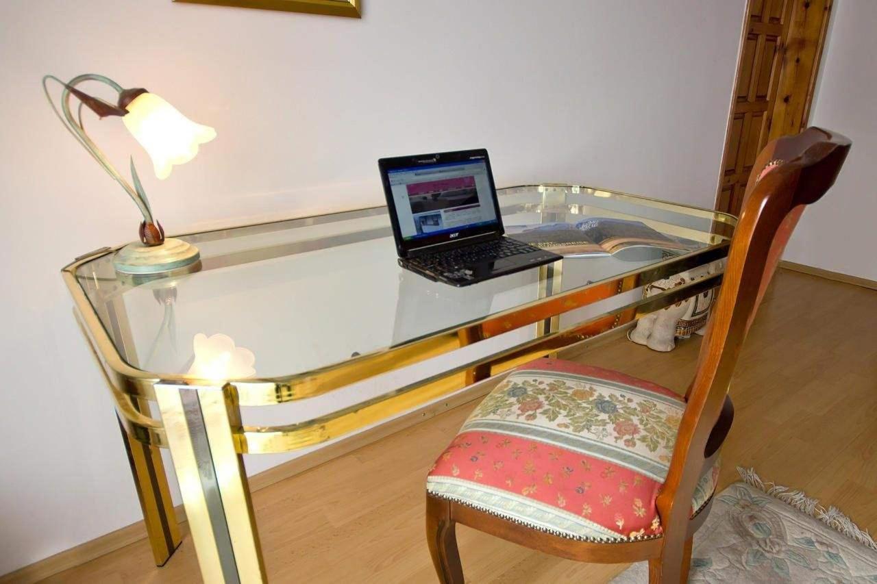 One-Bedroom Apartment - Annex6