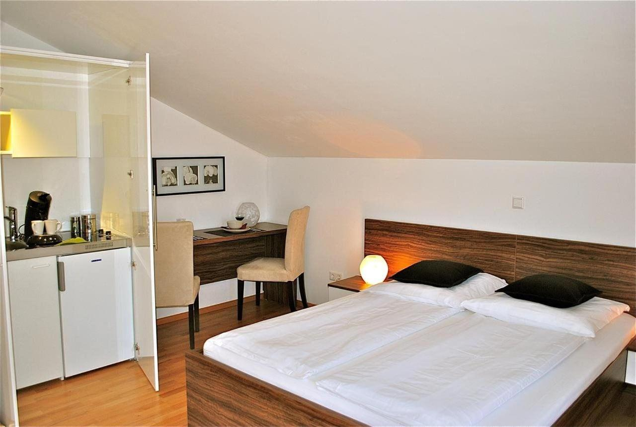 Superior Double Room with Balcony13