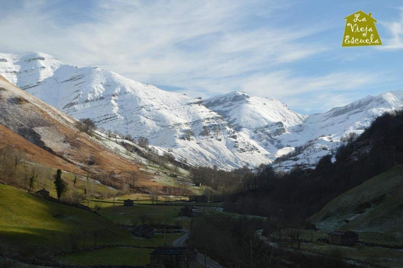 escapada romantica de fin de semana en la nieve en los valles pasiegos de cantabria