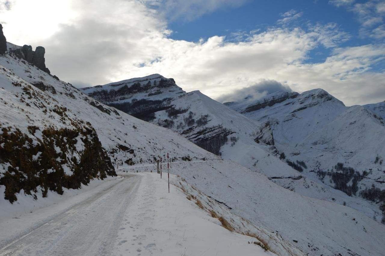 Disfruta de los Valles Pasiegos y de toda Cantabria.