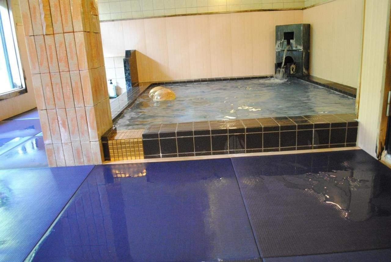 公共の温泉浴場