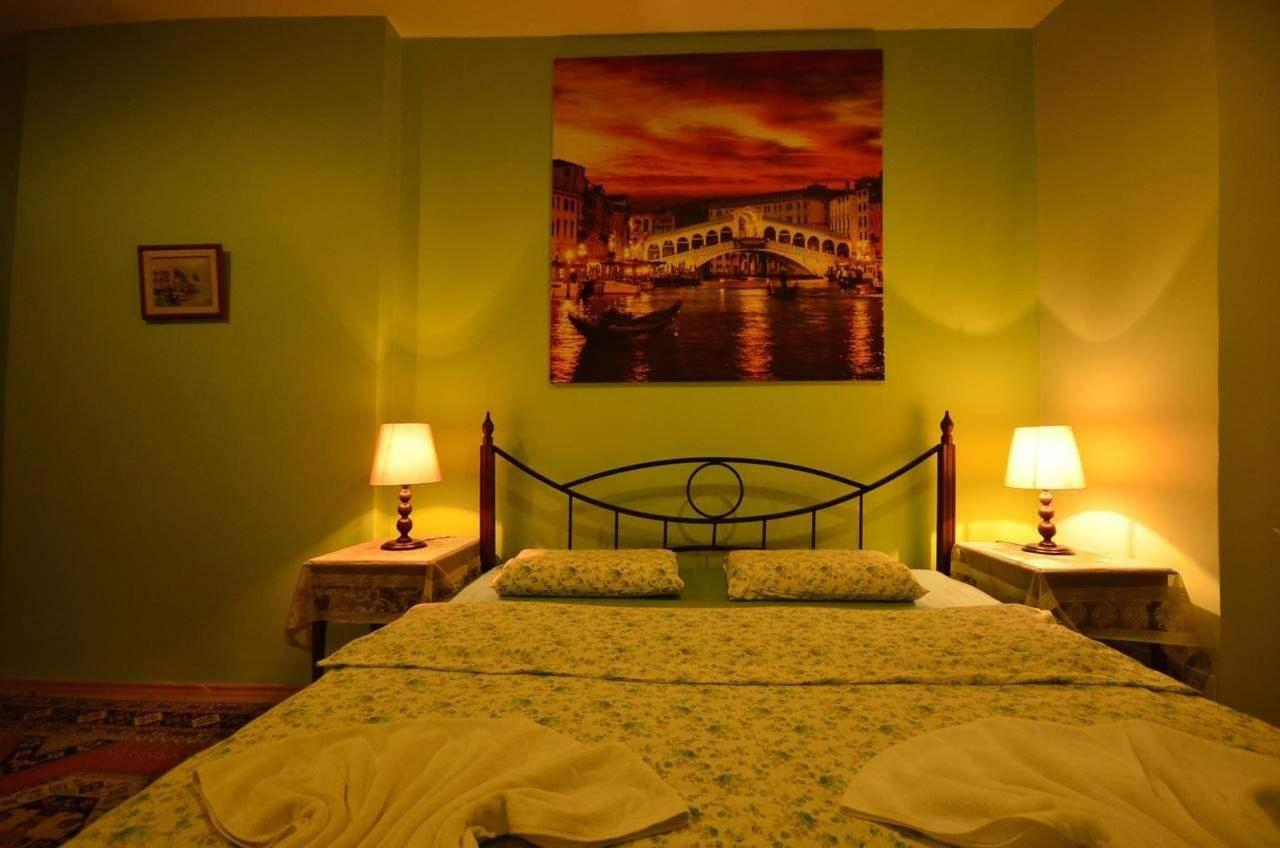 Comfort Quadruple Room1