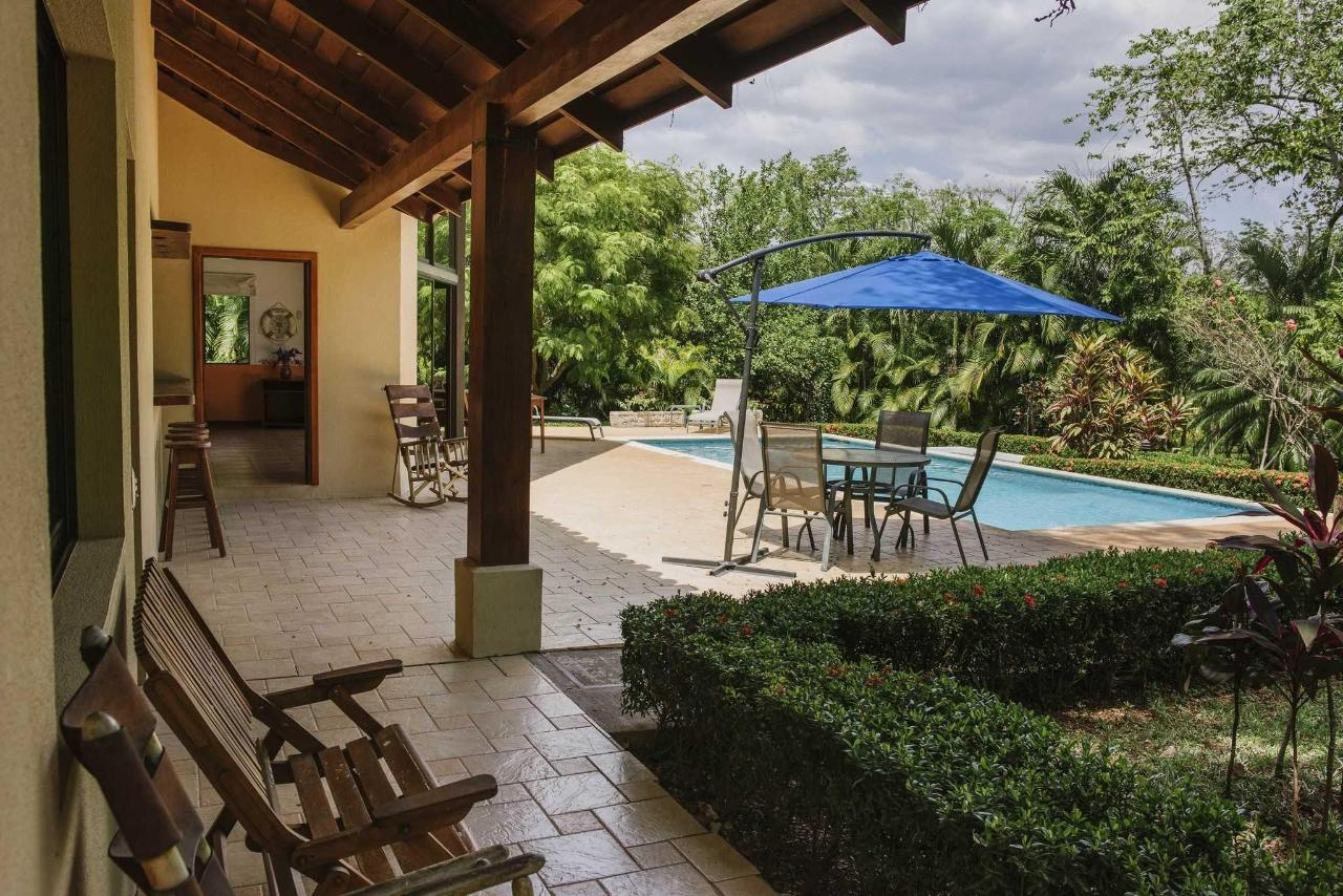 Villa with Private Pool and Jacuzzi5