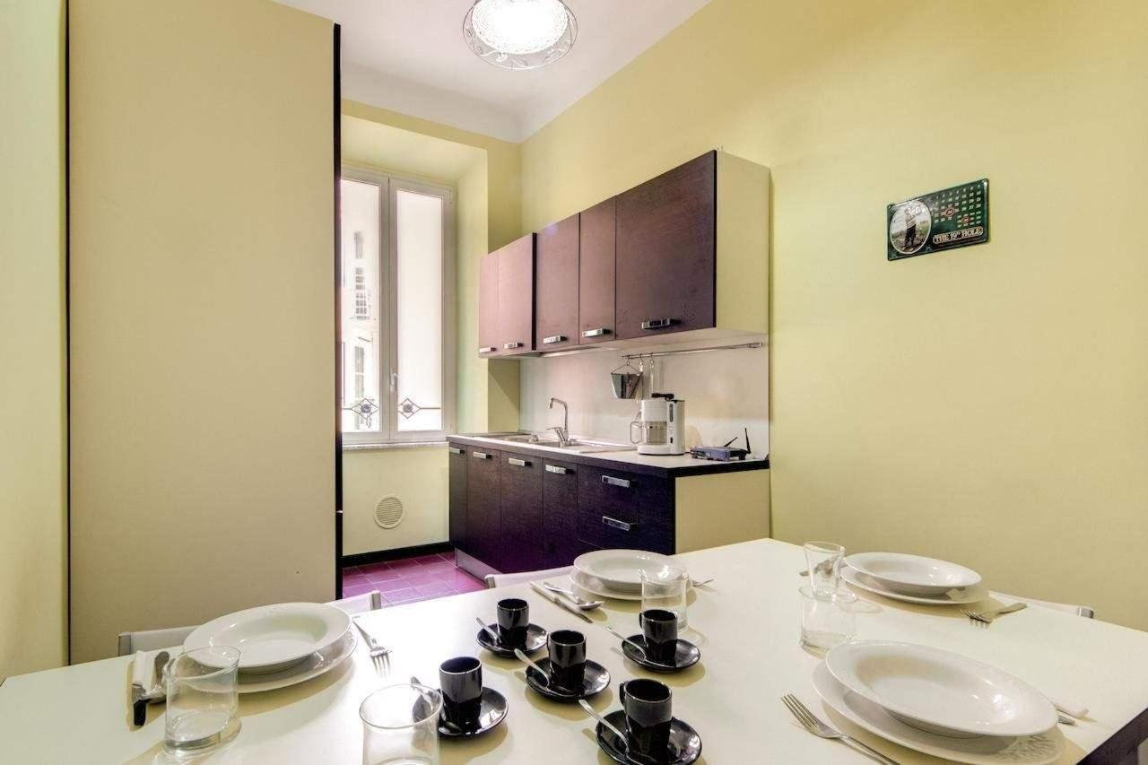 Three-Bedroom Apartment - 30 Via Magna Grecia3