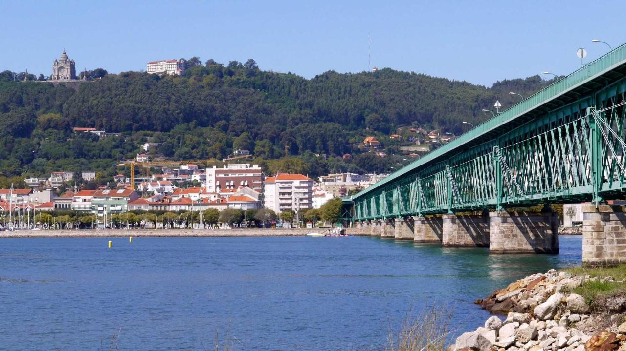 Eiffel-Bridge near Viana
