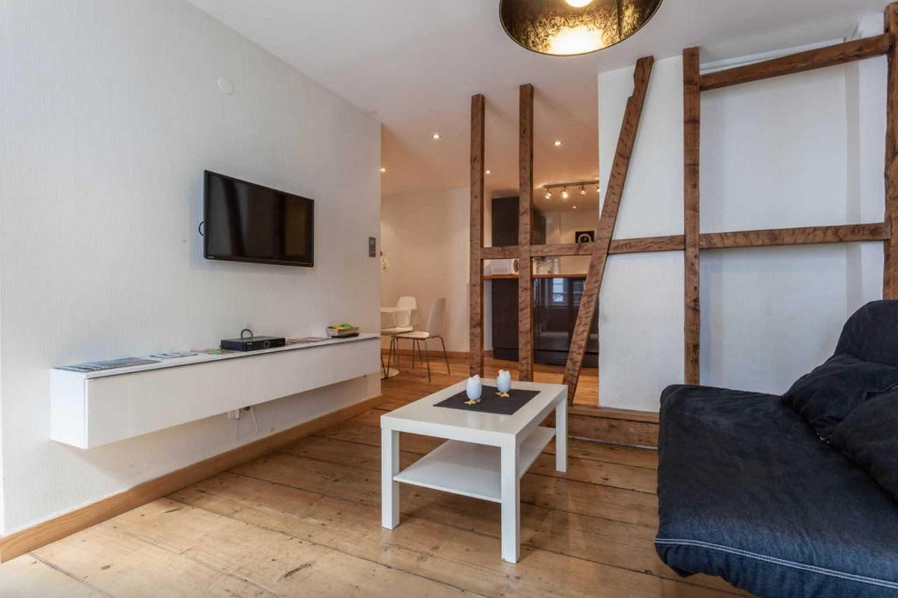 salon-quai-2.jpg