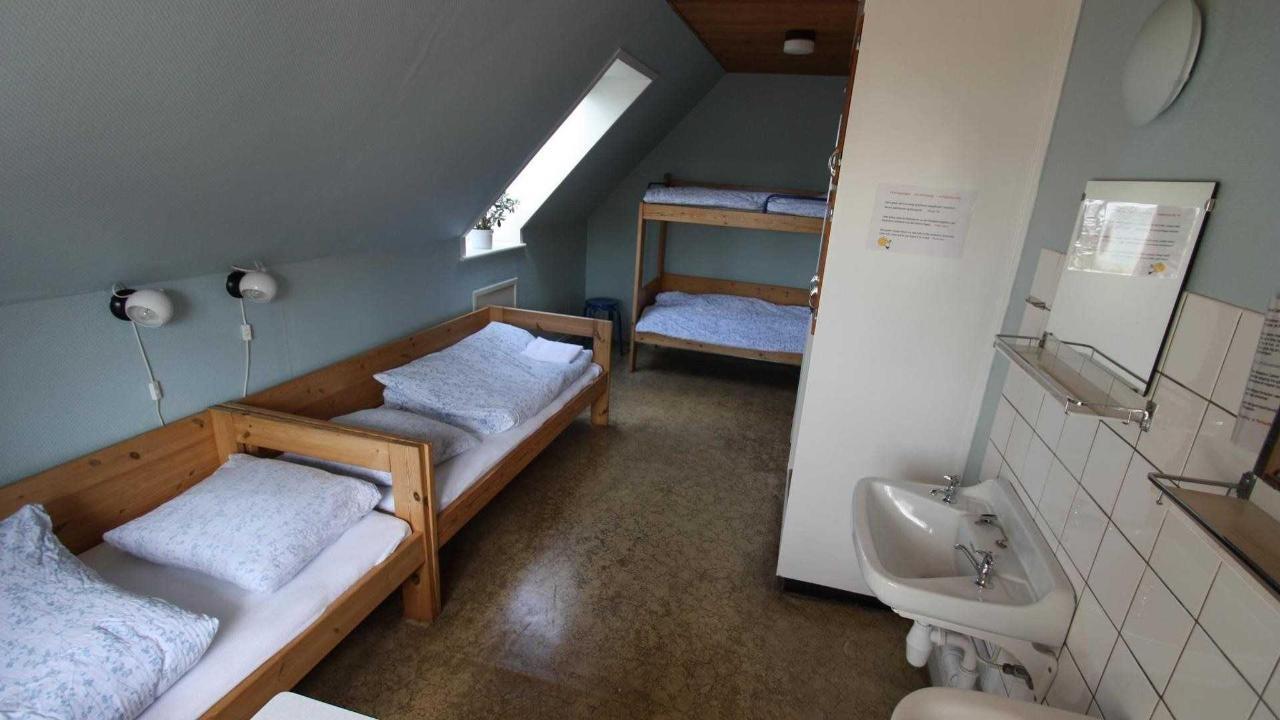 familieværelse 2-4 pers. på 1.sal m/udsigt til Rudbøl sø