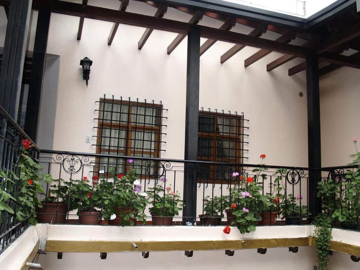 Foto segundo piso del primer patio.