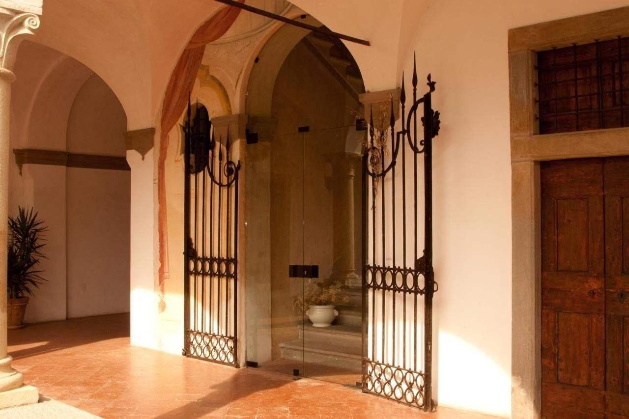 Castello degli Angeli relais.jpg