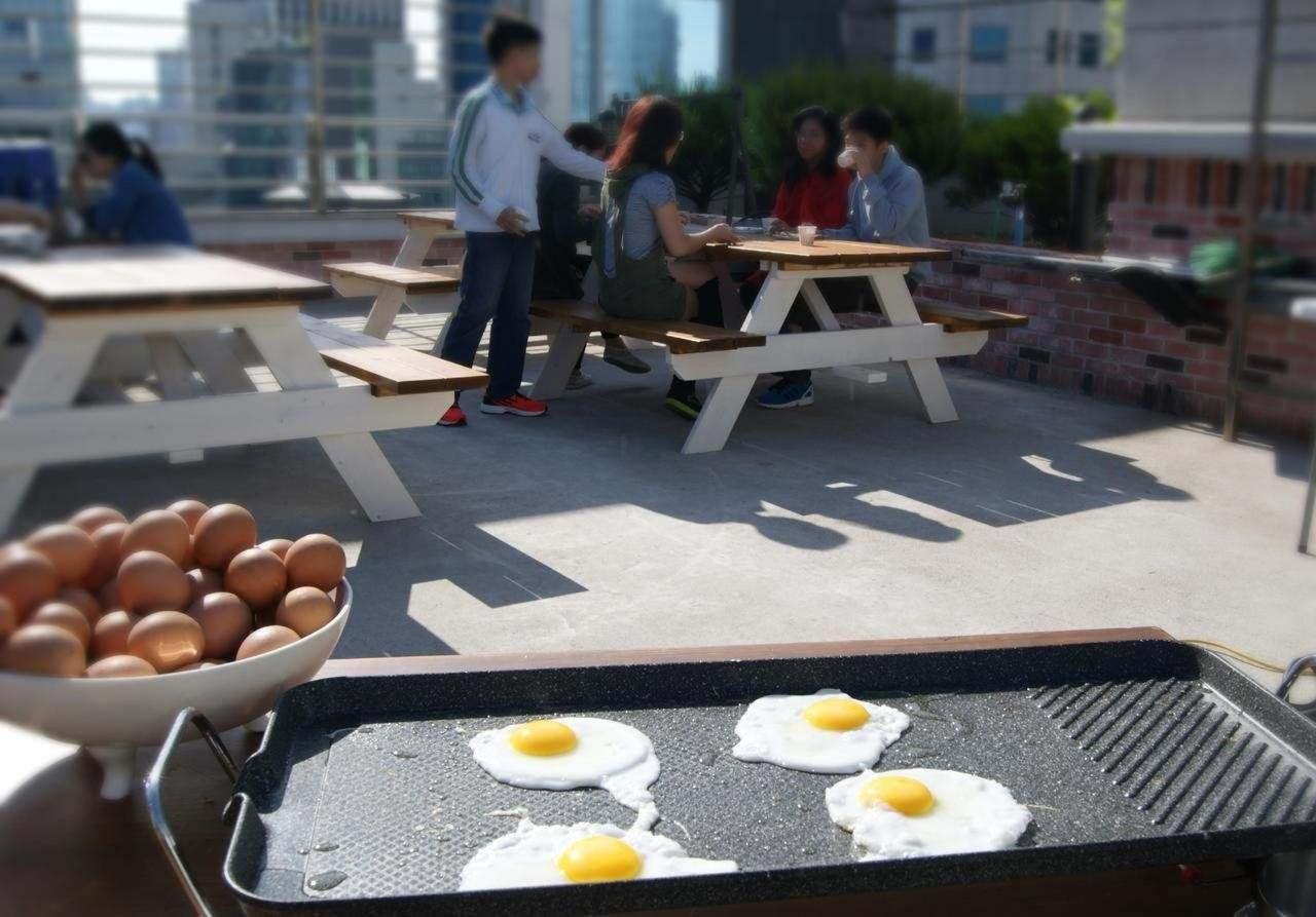 Breakfast at Seoul N Hostel.jpg