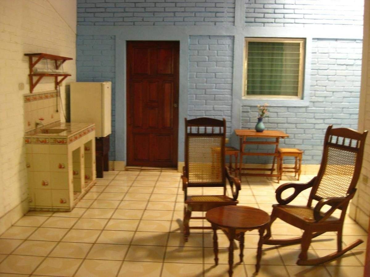 Property22  Sala de estar y pantry apartamento 5