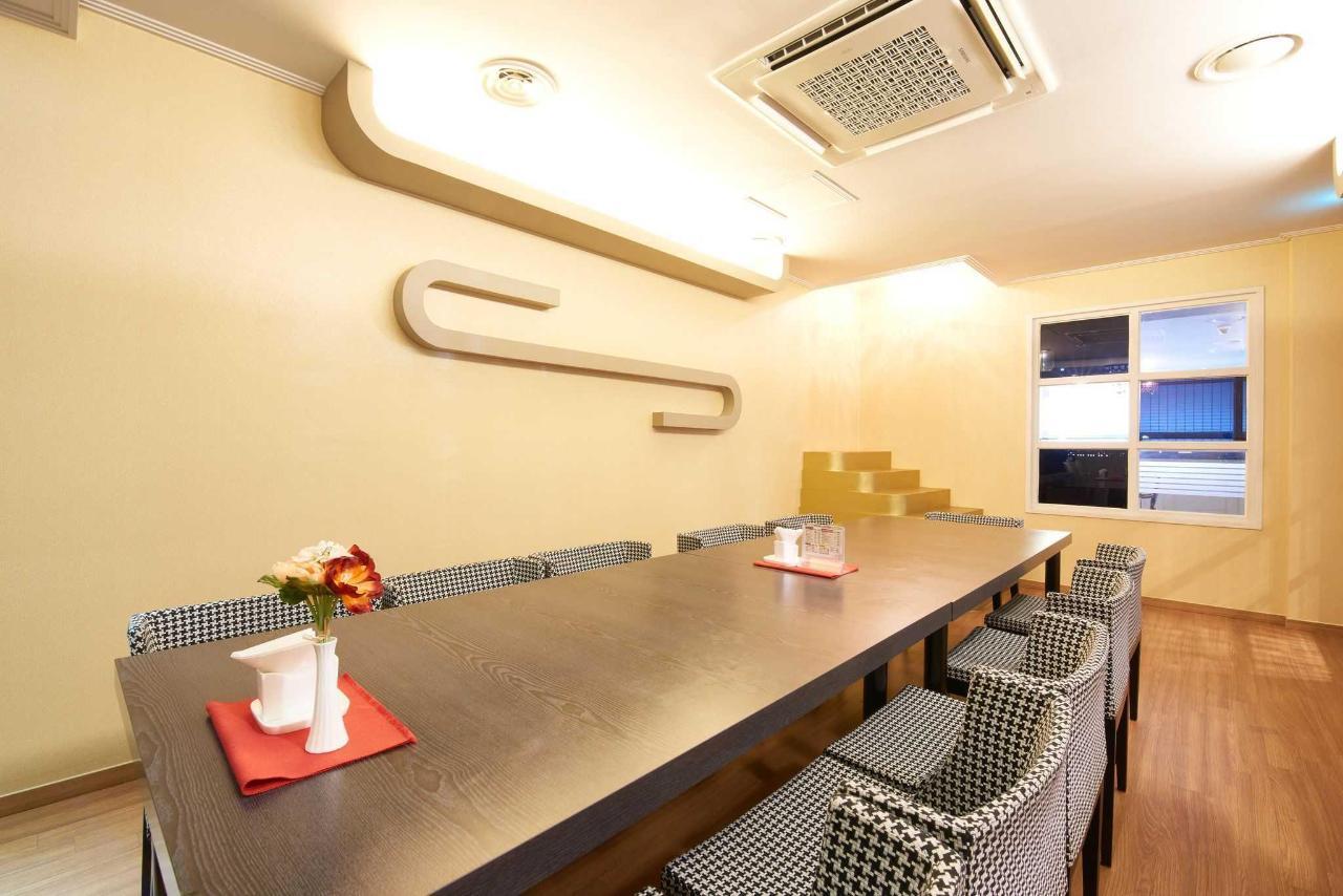 ShinShin Hotel Cafeteria.jpg