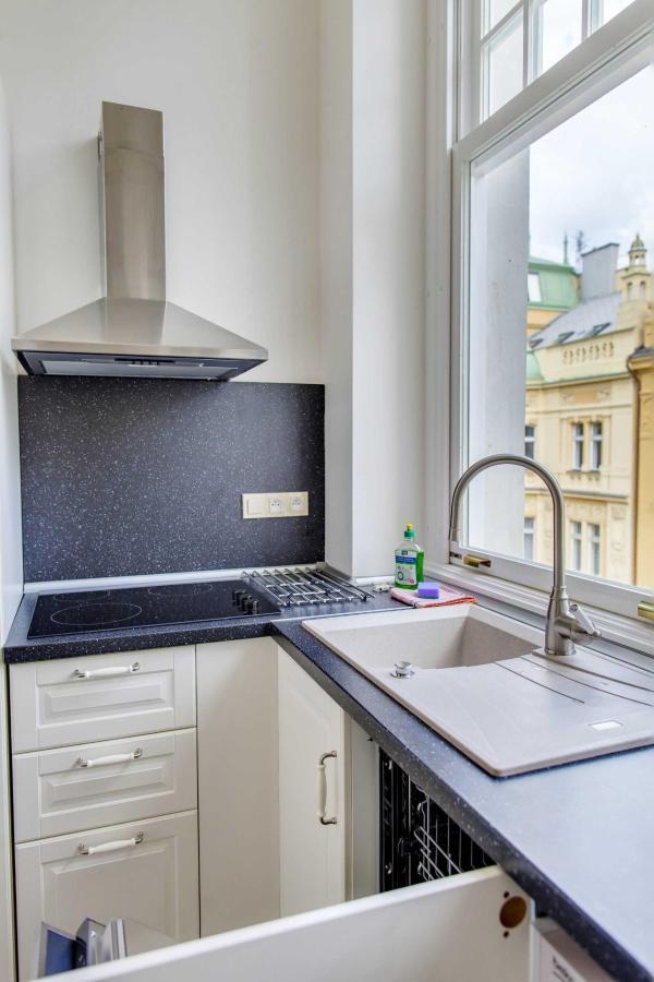 jprerovsky_old_town_square_apartments_v_kolkovne_4548.jpg