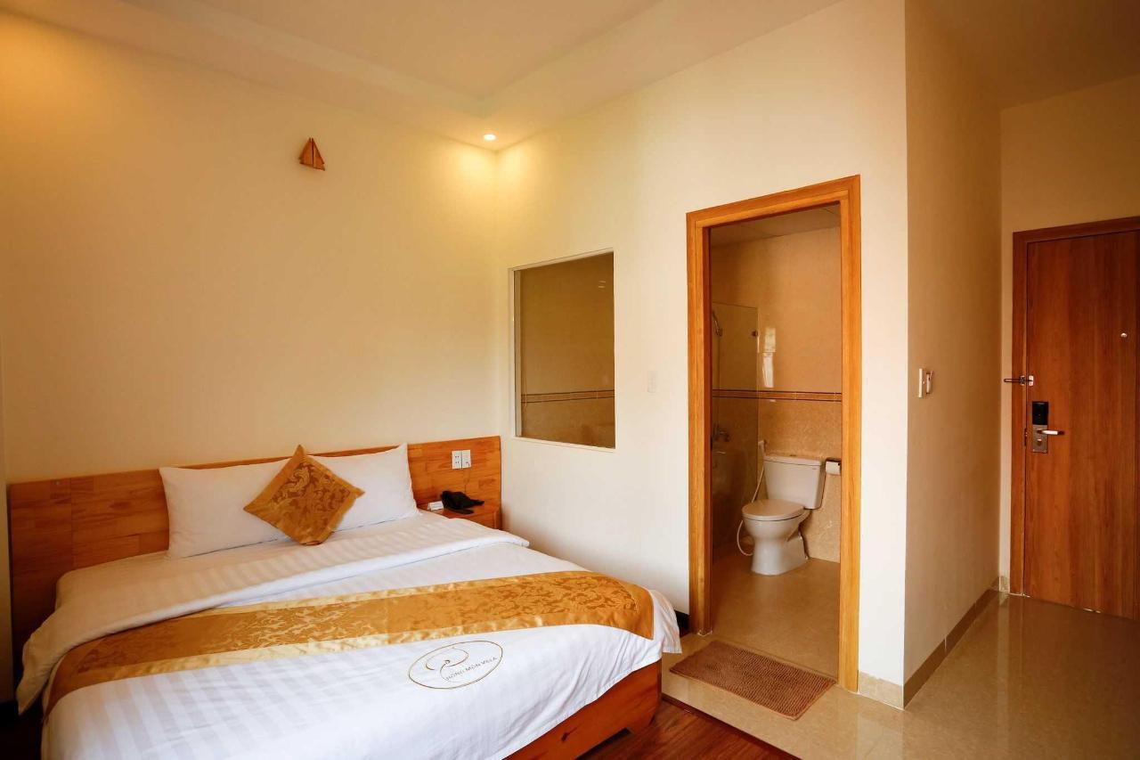 Premium double room.jpg