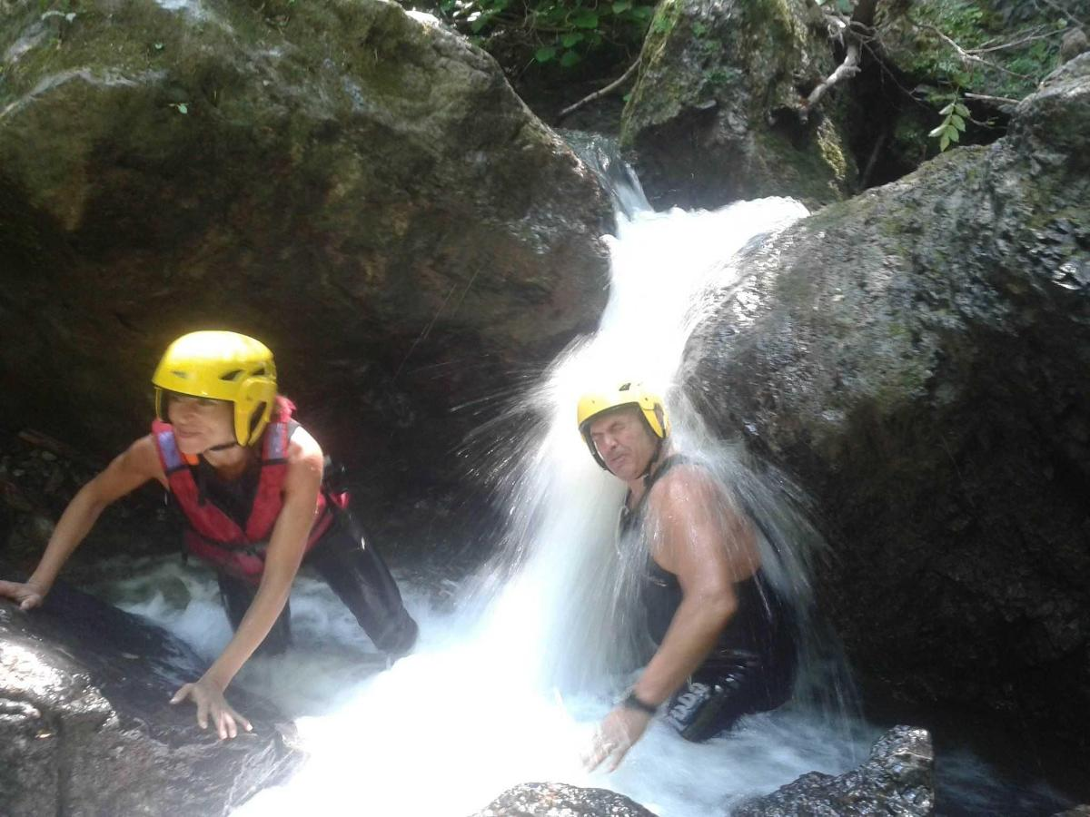 TREKKING WATER