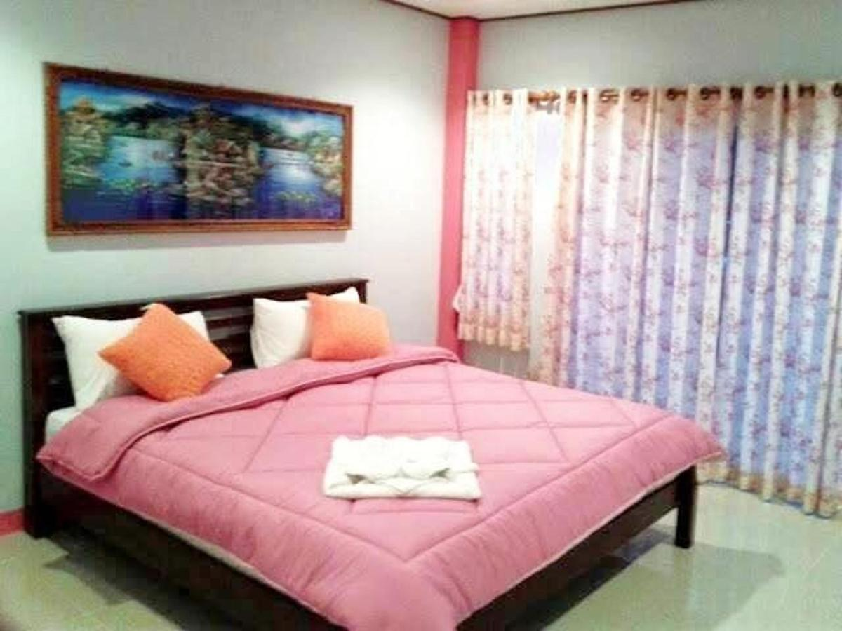 Deluxe Single Room with Balcony2