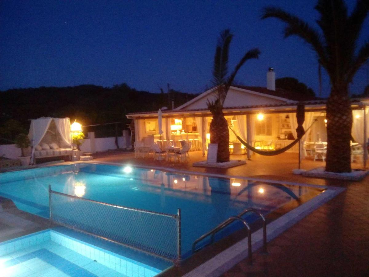 Villa Del Sol Corfu - by night