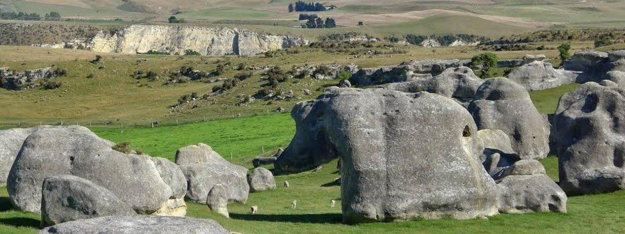Elephant Rocks, Waitaki Valley.jpg