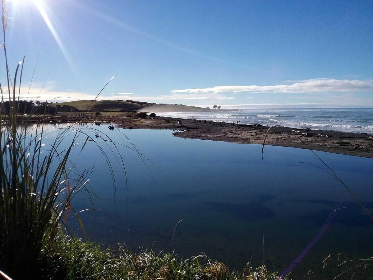 Kakanui River estuary.jpg