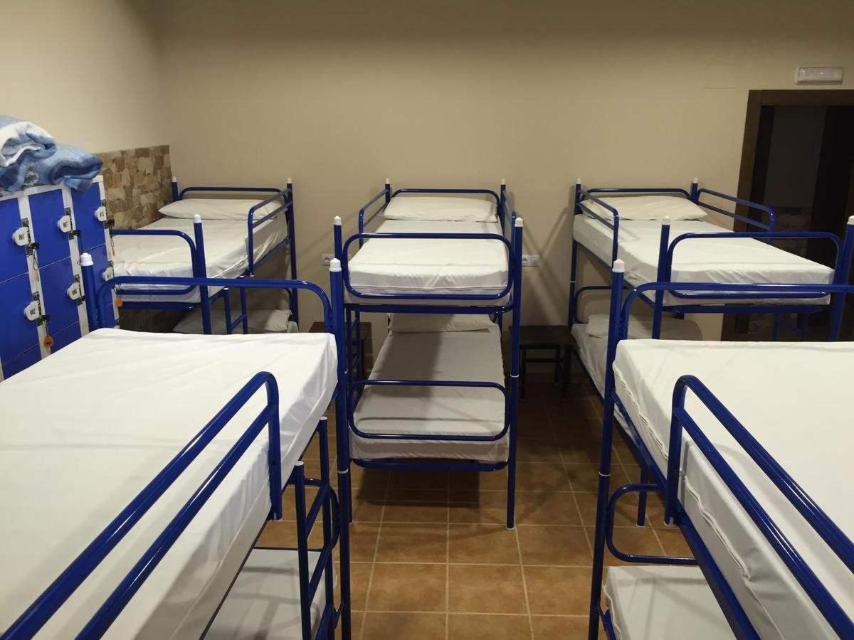 Habitación común de literas con baño a compartir.jpg
