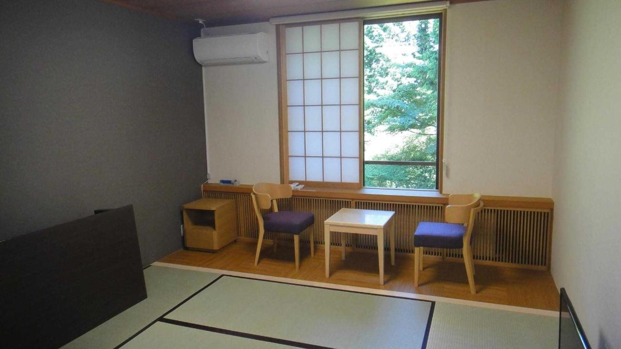 Rooms6