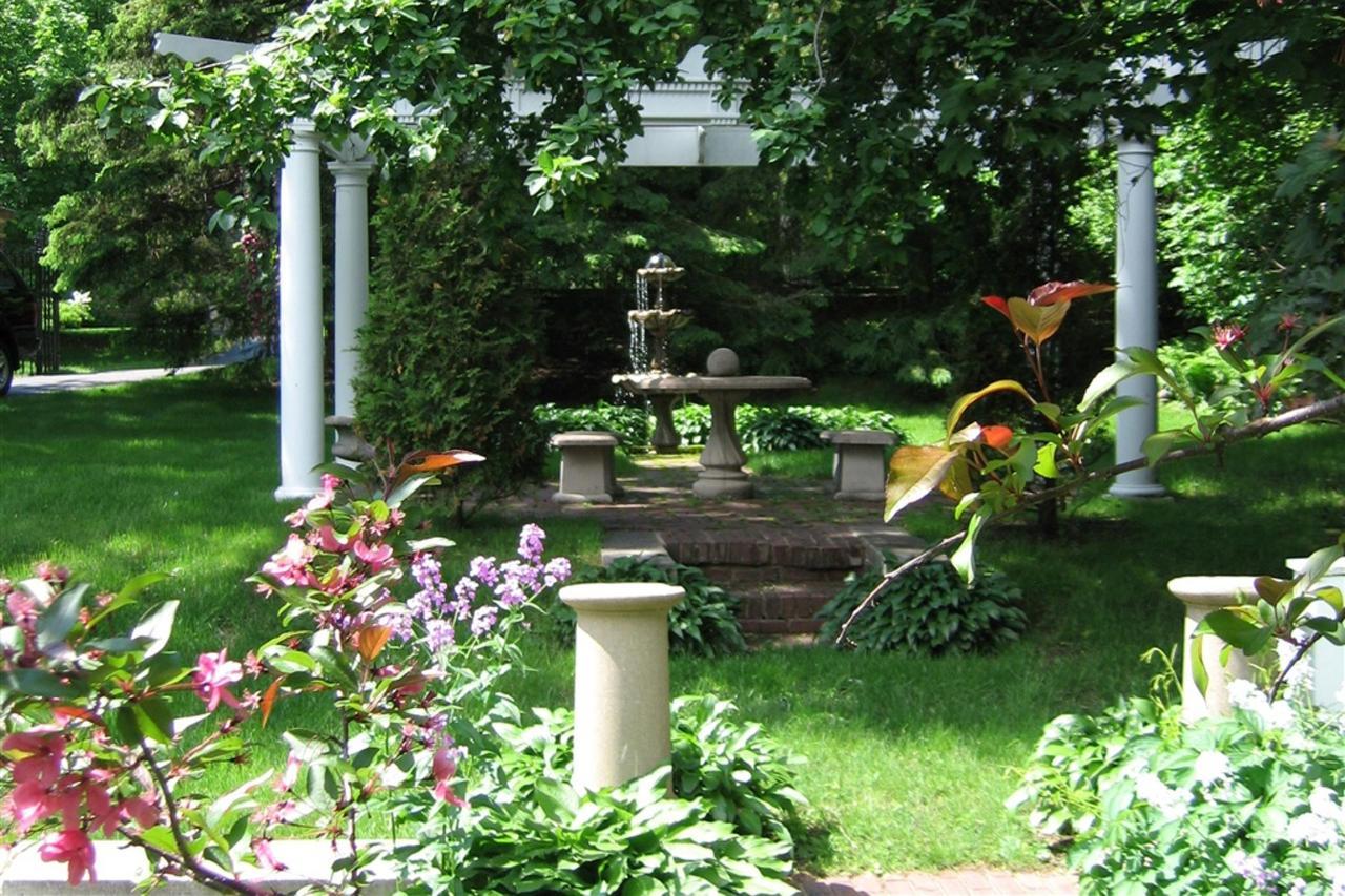 ch-fountain.jpg.1024x0.jpg