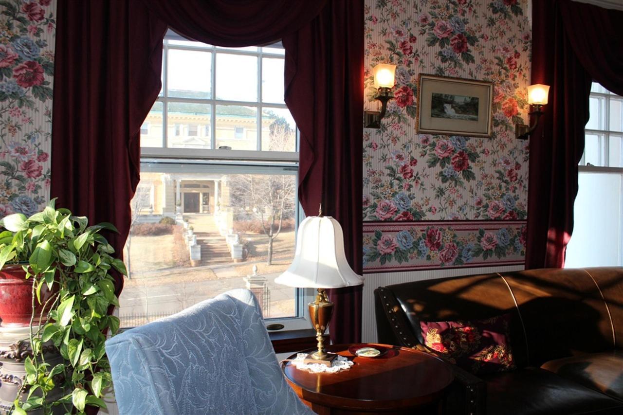 ms-corner-window.jpg.1024x0.jpg