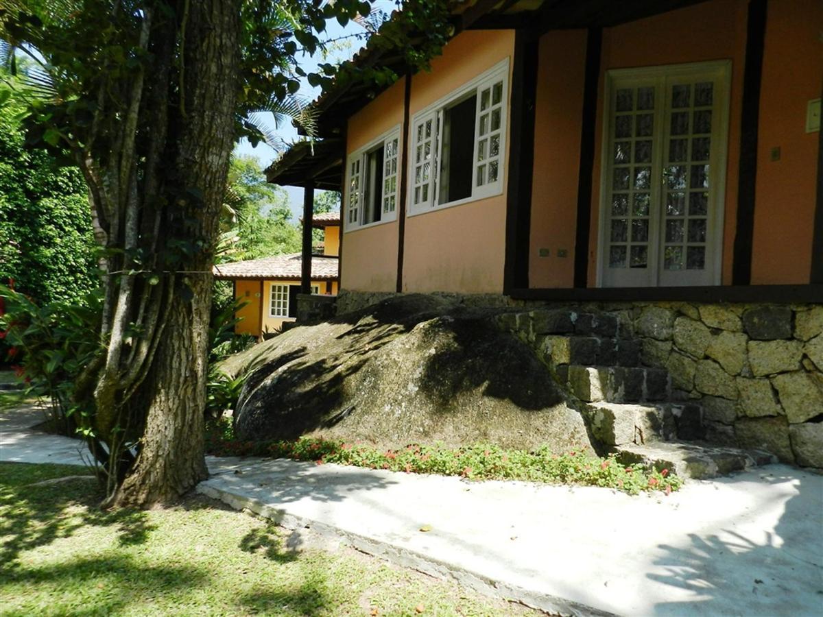 Piedras y jardines del pueblo (7) .jpg