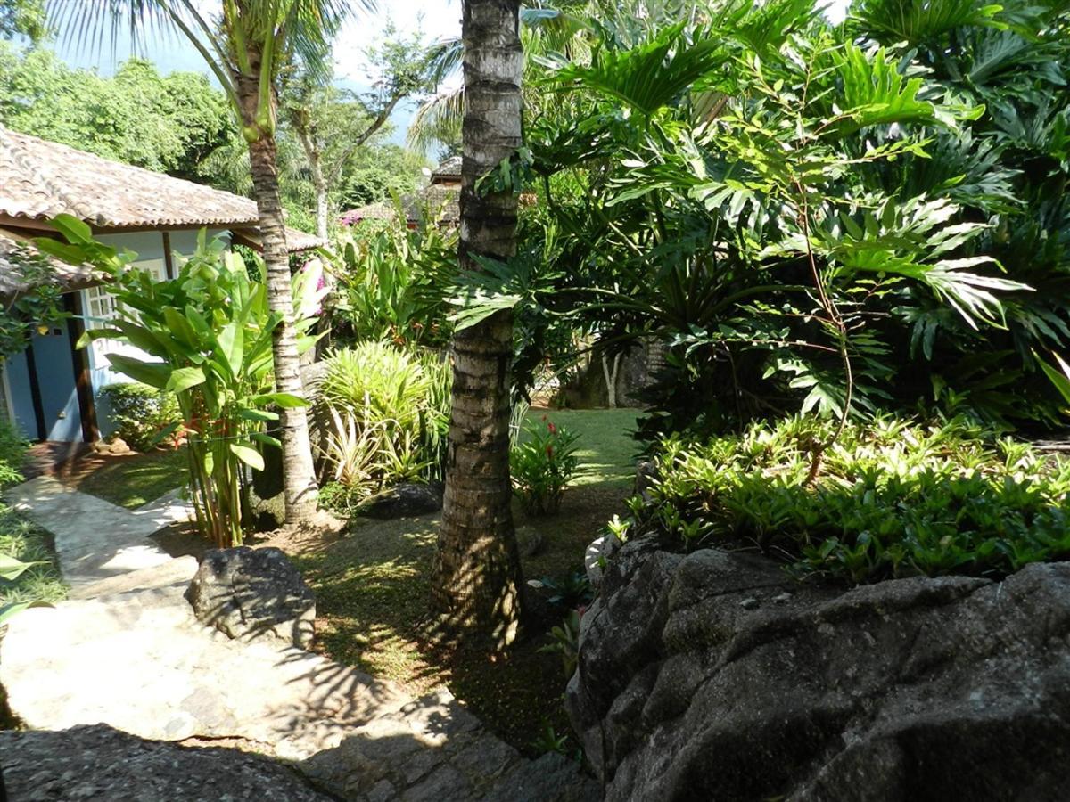 Piedras y jardines del pueblo (14) .jpg