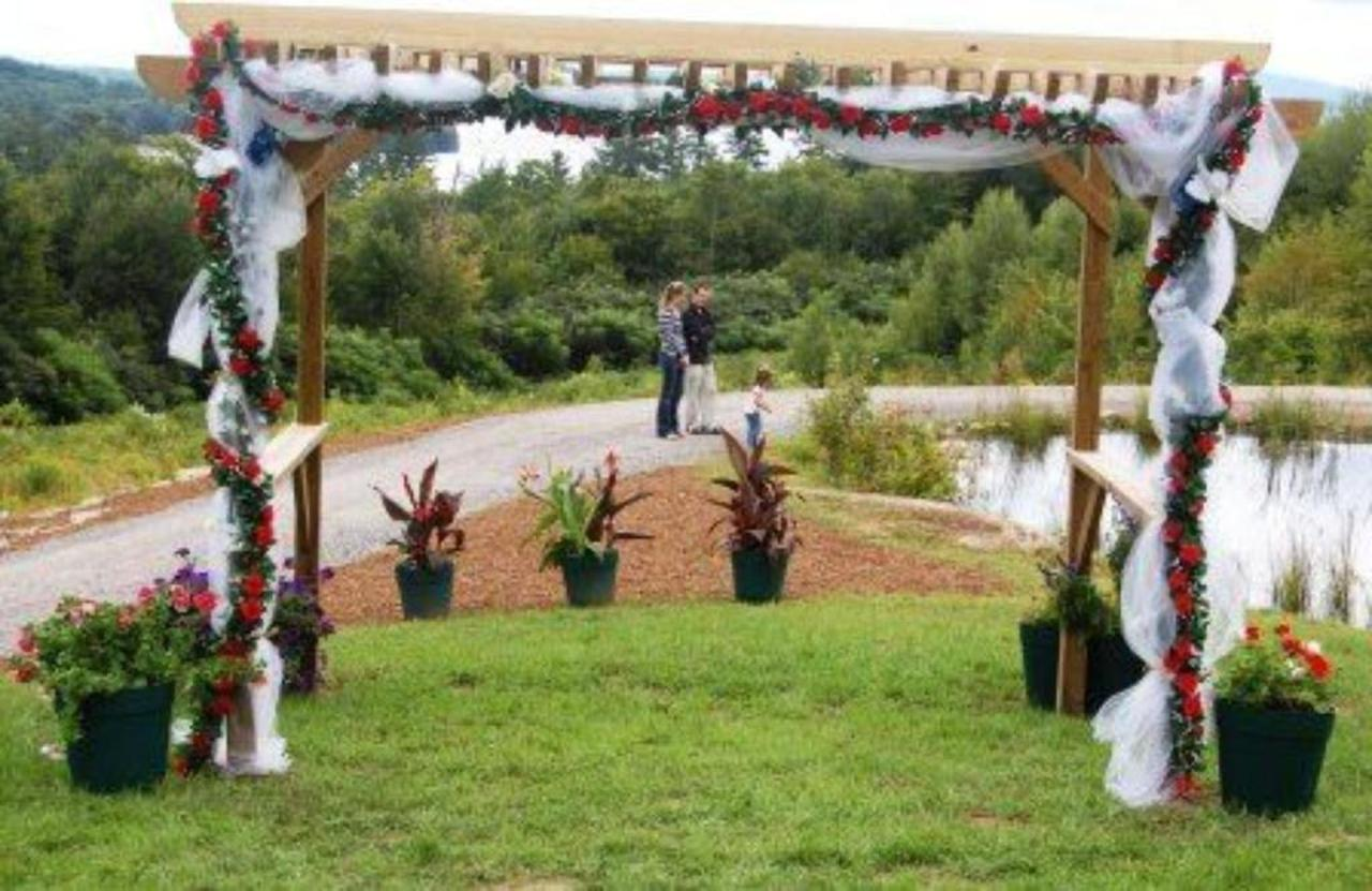 Arbor Wedding Coppertoppe.jpg