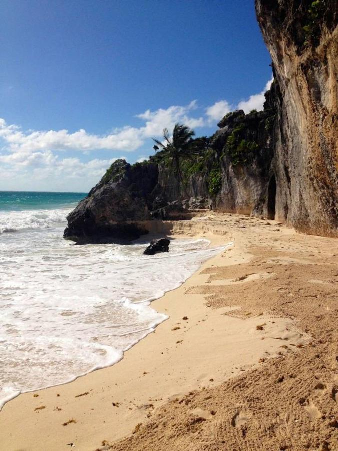 Tulum's ruins Beach
