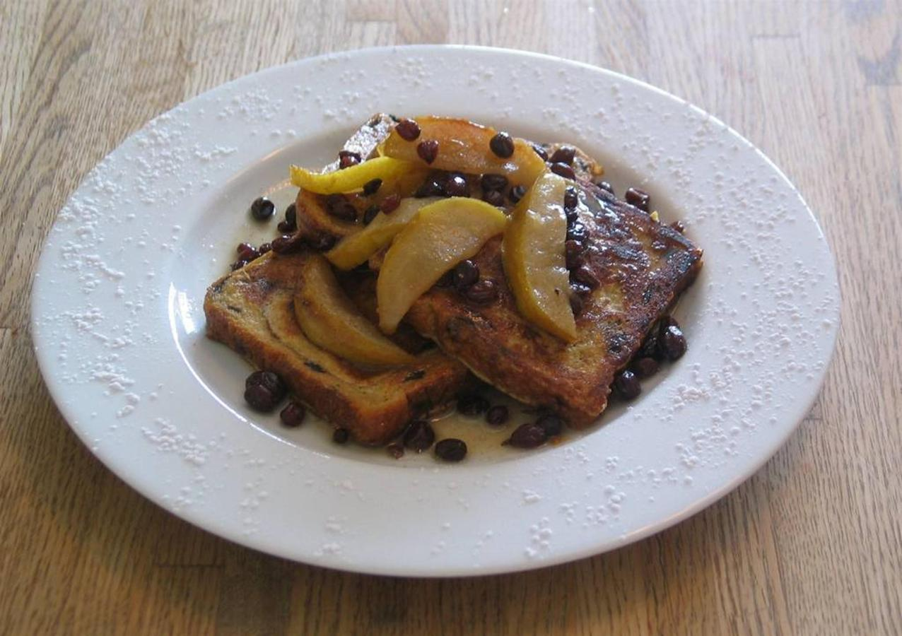 maple-french-toast-with-brandied-pears-and-currant-compote.jpg.1024x0.jpg