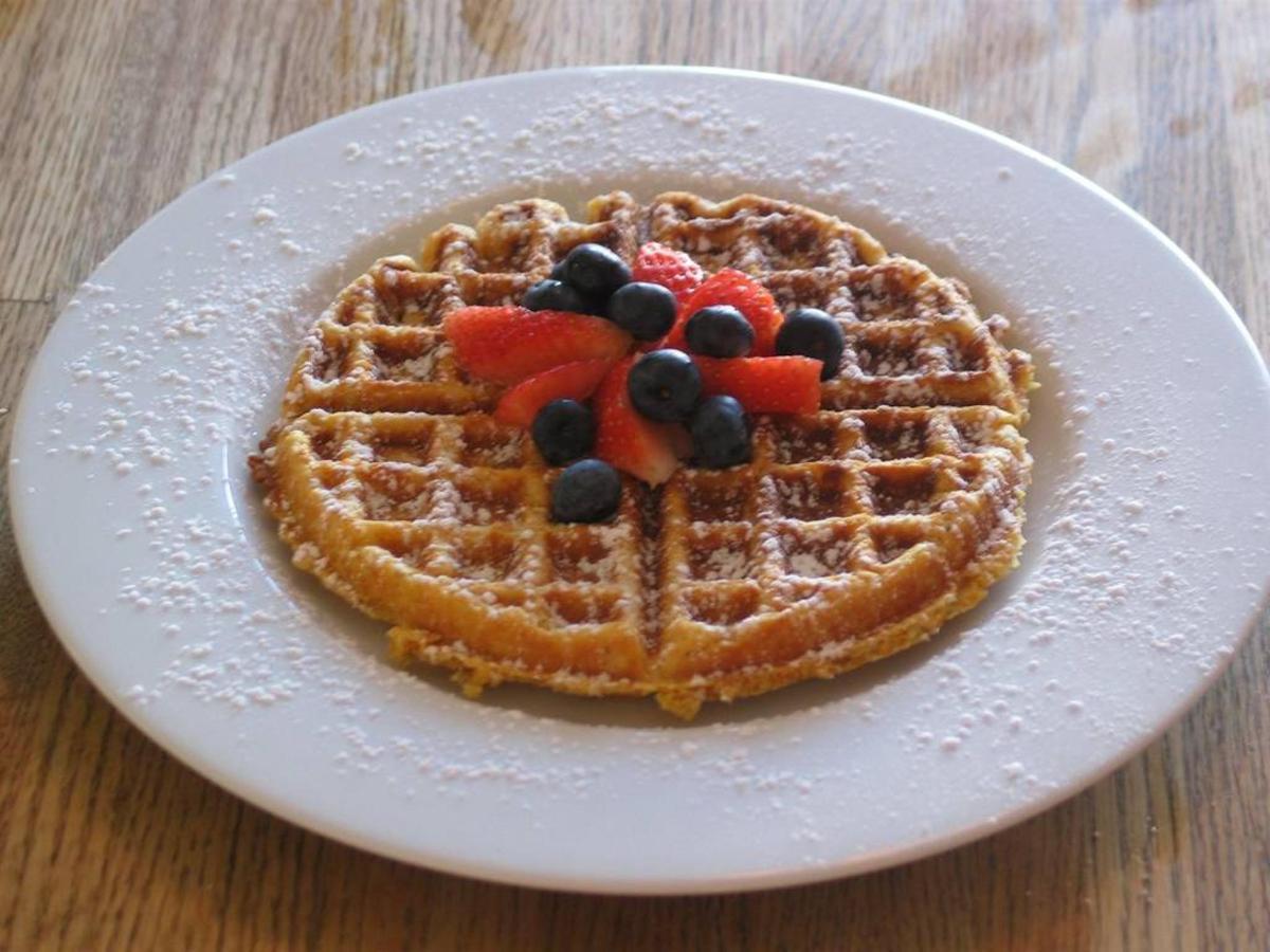 crunchy-cornmeal-waffle.jpg.1024x0.jpg