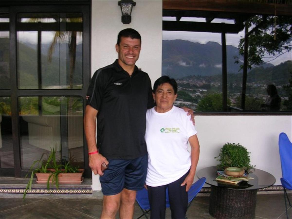 Guest-Fundo-San-Jose-Junin-Peru-02.jpg