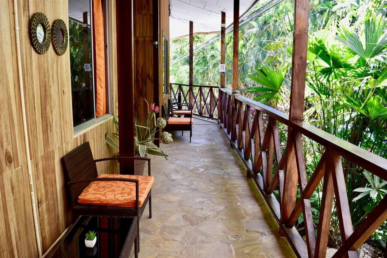 Balcones - Hotel Aurora.jpg