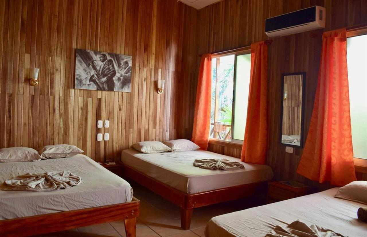Hotel Aurora - Habitaciones.JPG.jpg