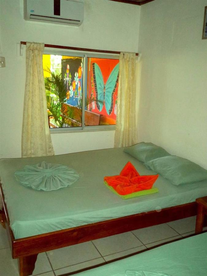 Zimmer - Hotel Aurora.jpg