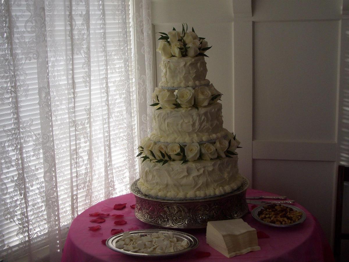 century cake 2.JPG